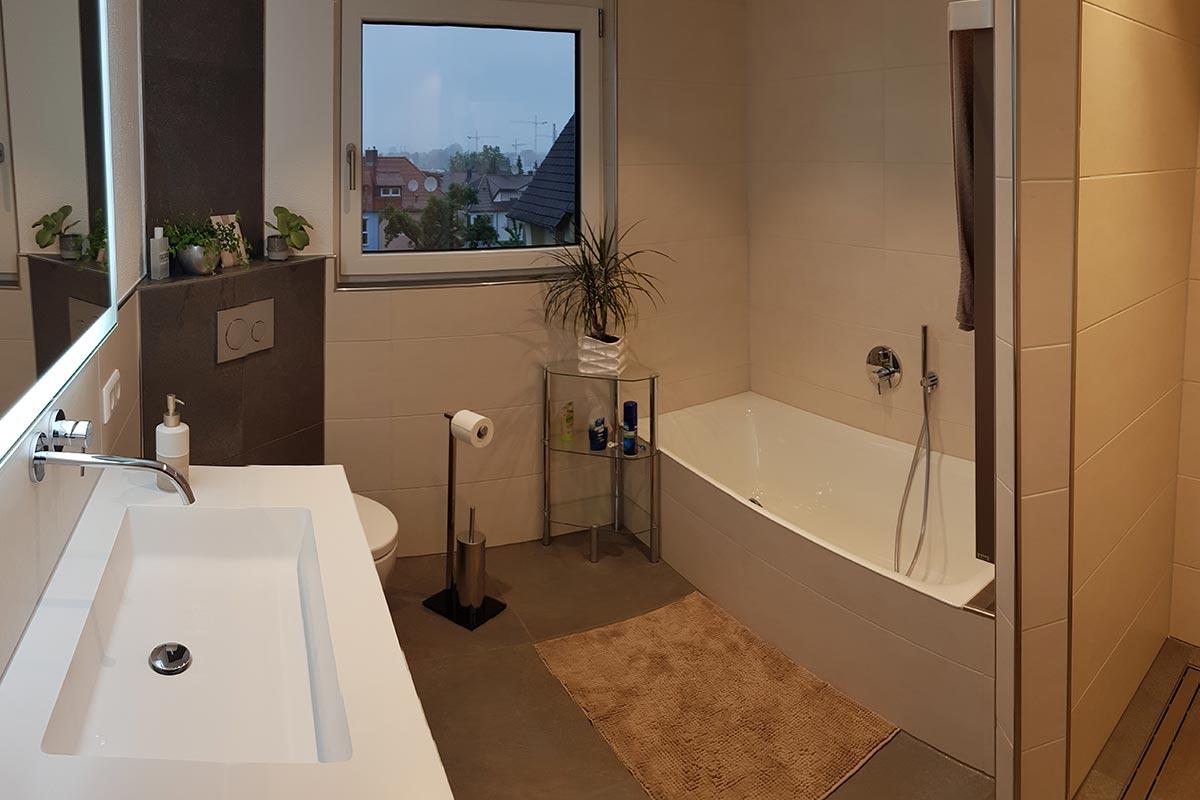 Badezimmer und Badgestaltung Bruchsal bei Karlsruhe der Firma R+M Heizungsbau GmbH